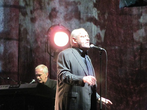 Joe Cocker in der o2 World in Berlin am 27.11.2010