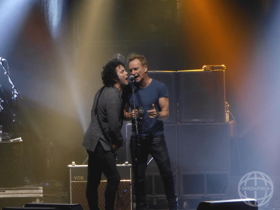 """Konzertfotos Sting """"57th & 9th Tour"""" Düsseldorf 04.04.2017"""